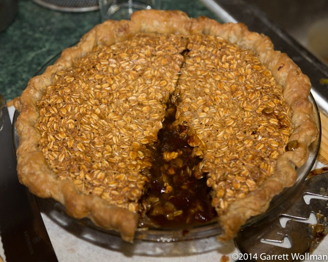 Pie minus one slice, with pool of uncongealed filling