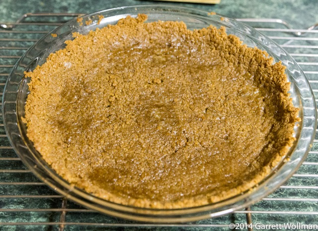 Prepared gingernsap crumb crust