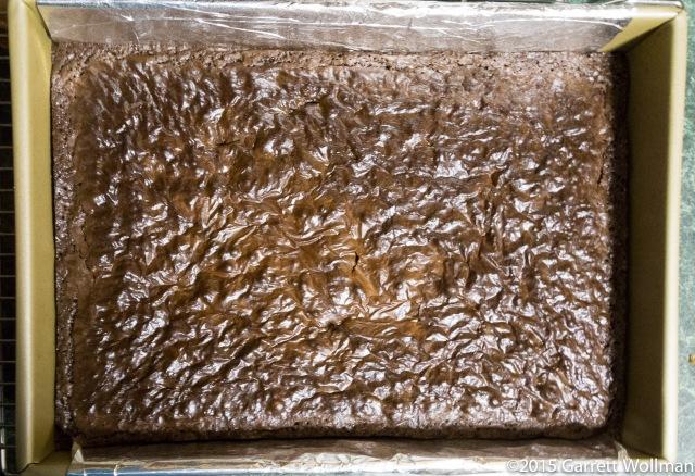 Fully baked pan of brownies