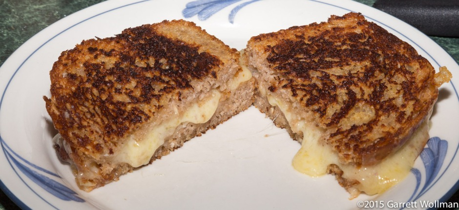 Cross-sectional view of grilled cheese