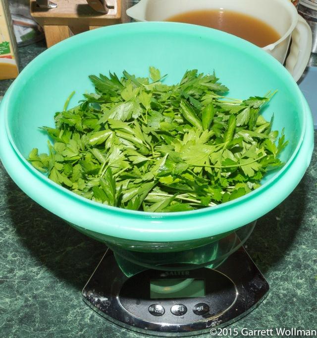 80 grams of parsley leaves