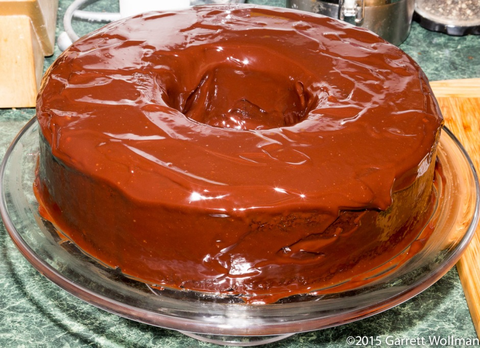 Cake with chocolate ganache glaze