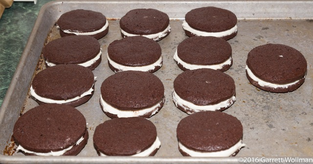 "13 fully assembled ""Oreos"""