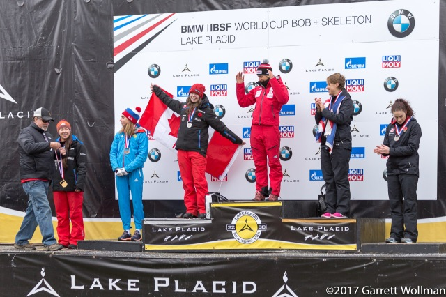 Presentation of the gold medal to Janine Flock