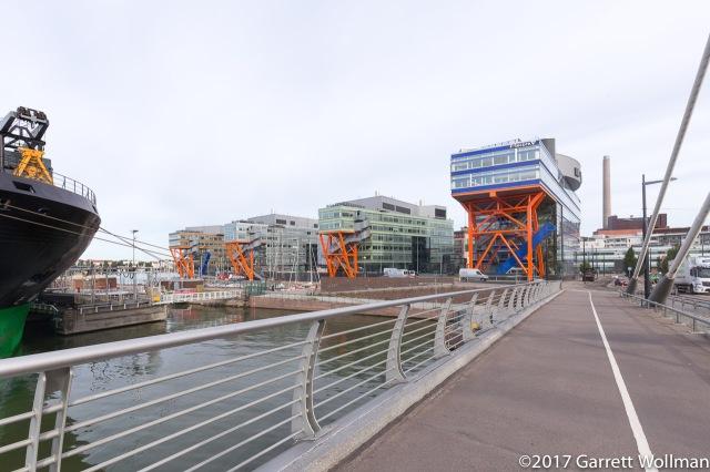High Tech Centre